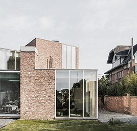 rijwoning in baksteen - driegevel - grauw & Baeyens architecten - ik ga bouwen